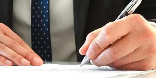 Cual es el marco legal sobre la libertad de contratar un abogado de accidentes